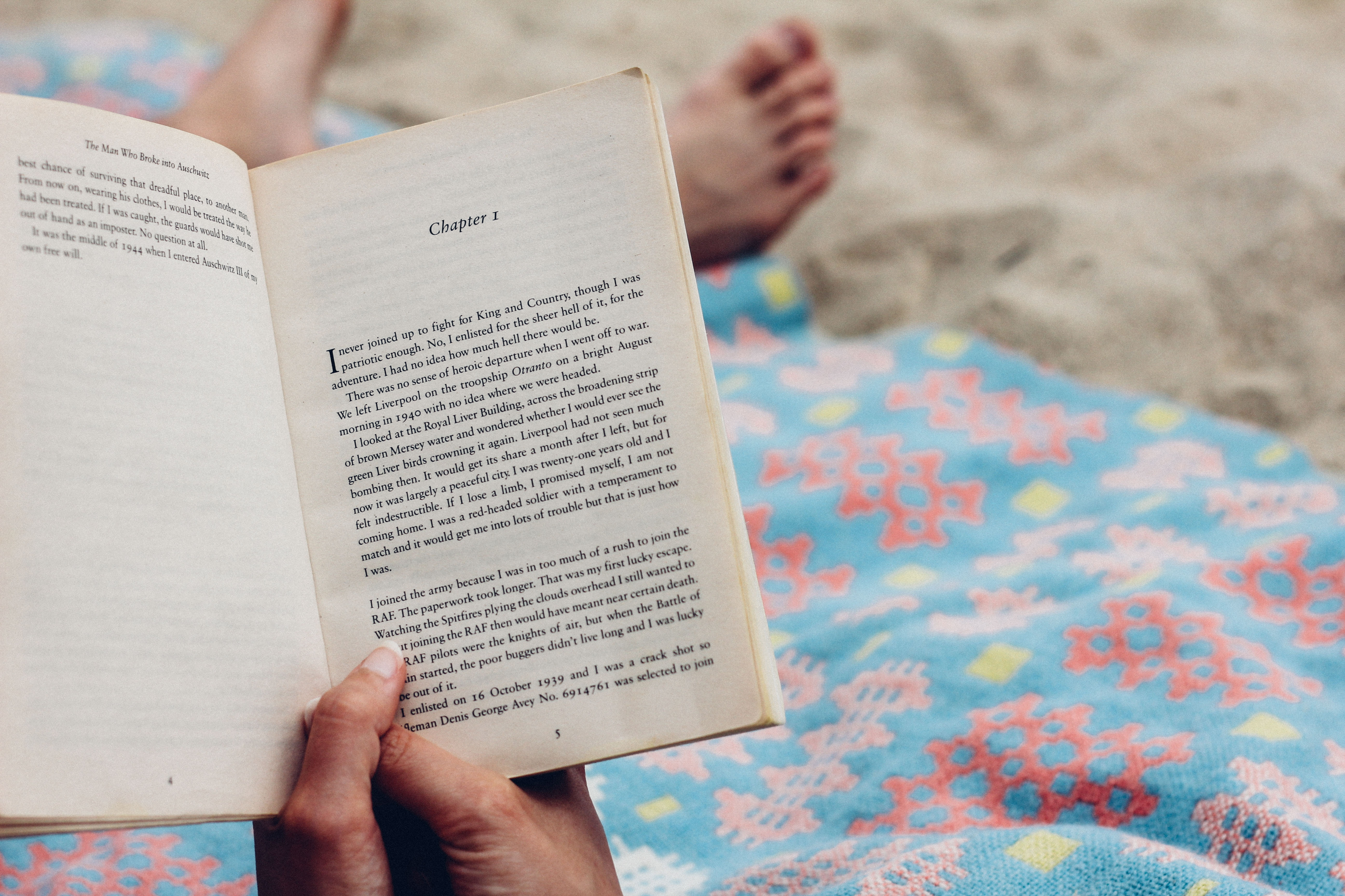 3 #books to read whether you're in your 20s, 30s or in your 40s. These #inspirational reads are great for #women and are seriously life changing! Especially great for when you fee lost in life. #reading #motivation #inspiration #bookaddict #selfcare #mindset