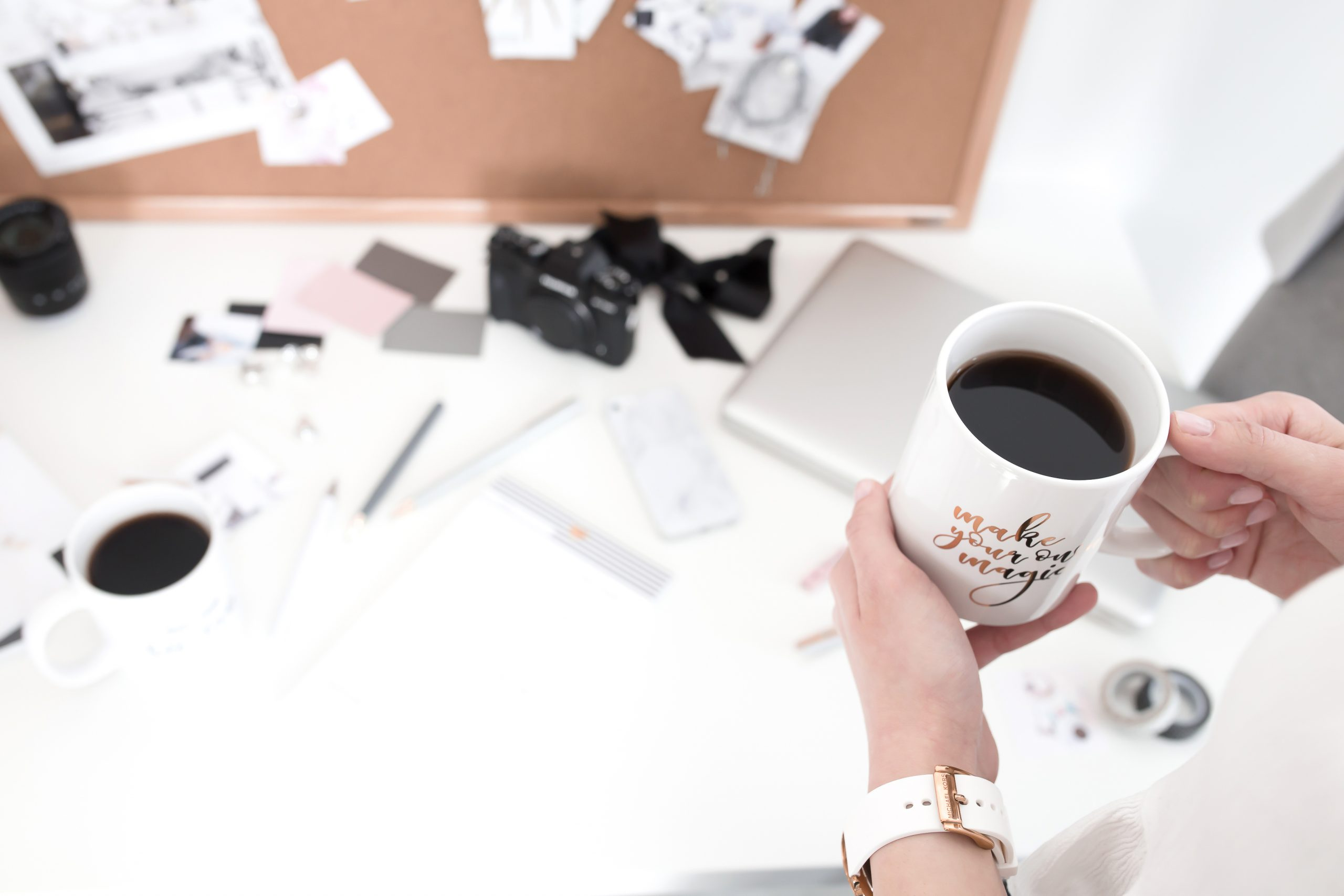 4 Things To Put On Your Vision Board (That Aren't Pictures!)